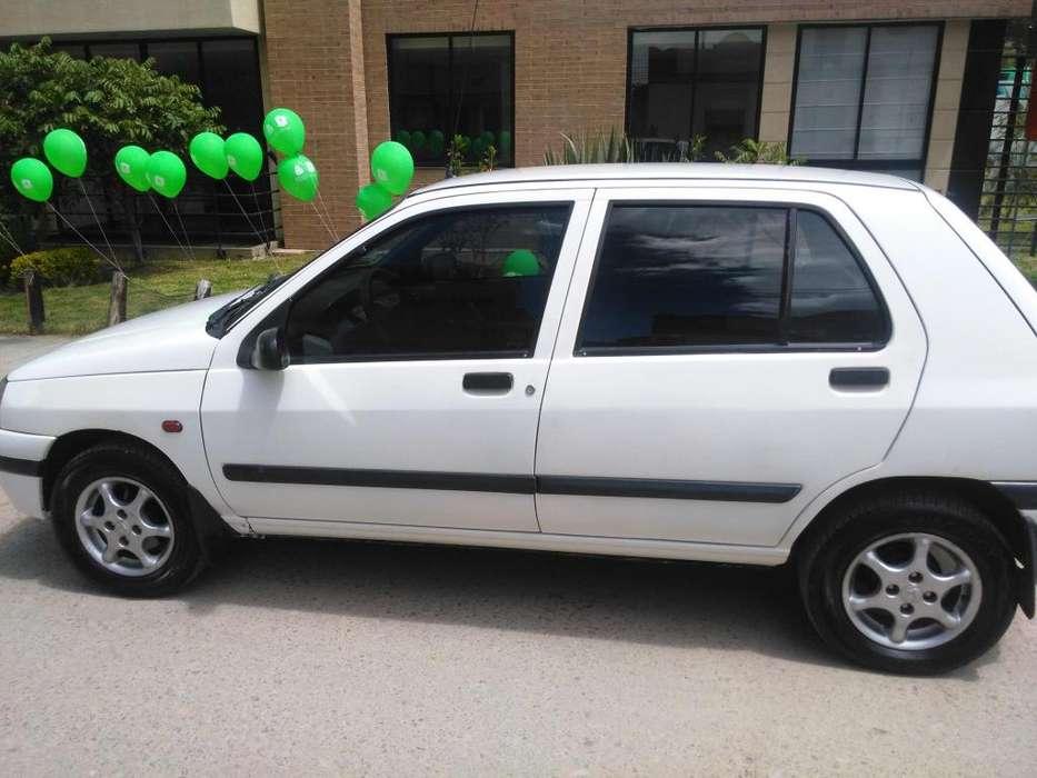Renault Clio  1999 - 200000 km