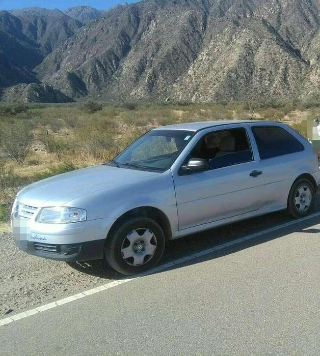 Volkswagen Gol 2010 - 100 km