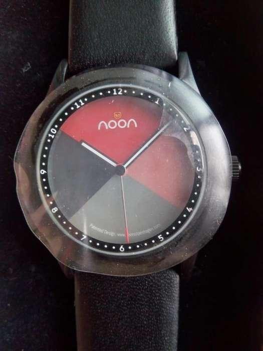 Reloj Cambia fondo conforme pasan las horas