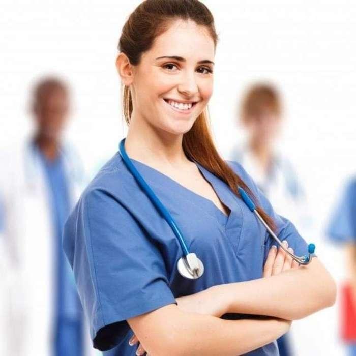 Auxiliar de Enfermería para Clínica