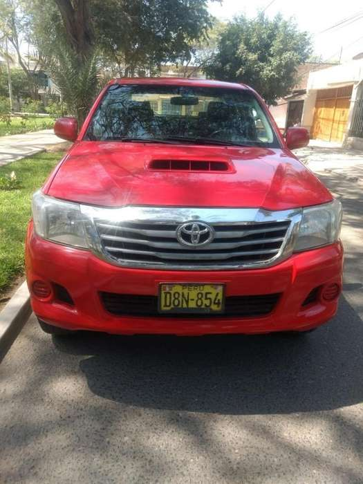 Toyota Hilux 2013 - 83000 km