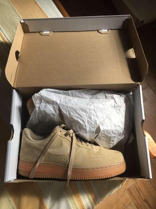 Nike Air Force 1 Low Se