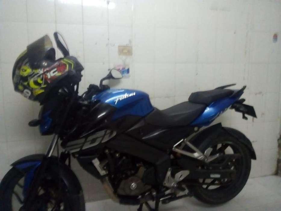 Vendo Ns 200 2015
