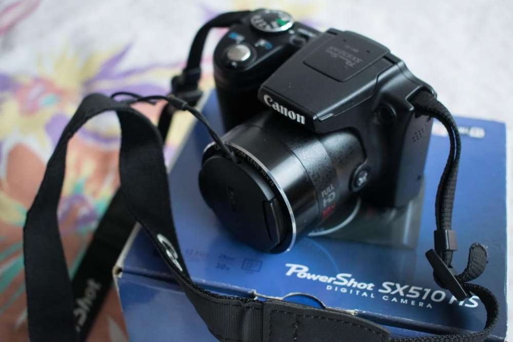Cámara Canon PowerShot color Negro