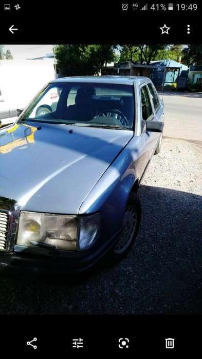 Mercedes-Benz 250 1988 - 260000 km