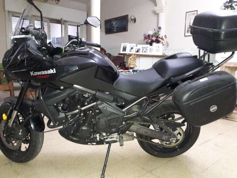 Kawasaki Versys Modelo 2016. Impecable