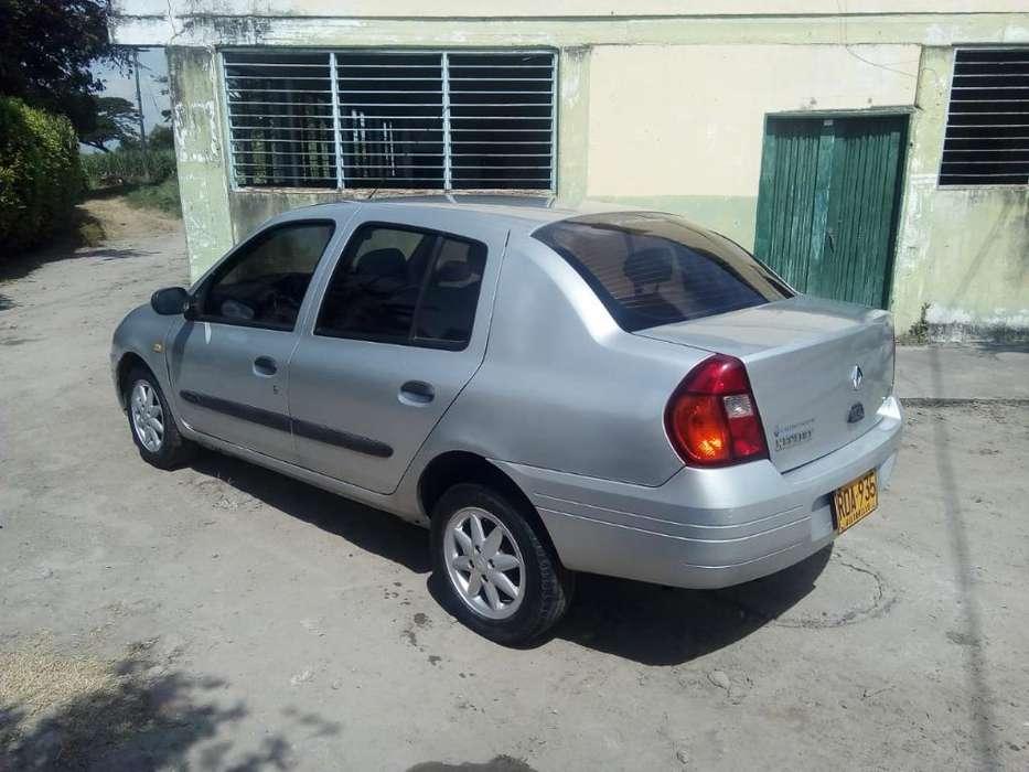 Renault Symbol 2003 - 200000 km