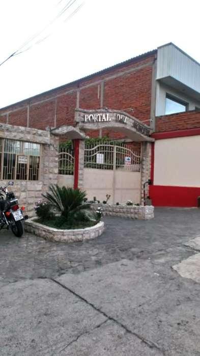 Venta Departamento <strong>duplex</strong> en la 10 de Agosto junto al supermaxi de la Kenedy