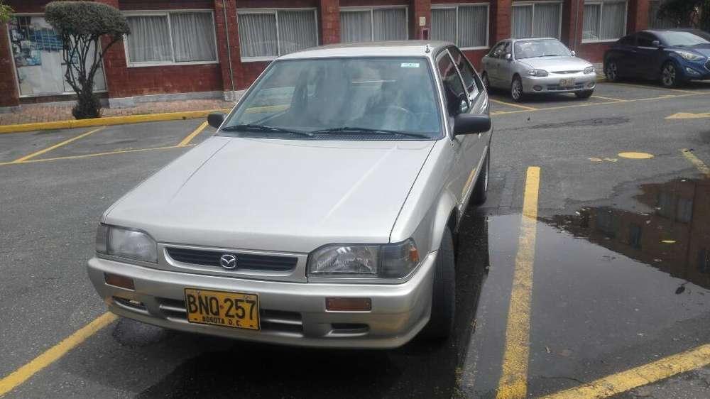 Mazda 323 2004 - 99000 km
