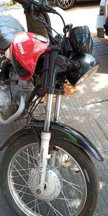 <strong>moto</strong> 150 Corven