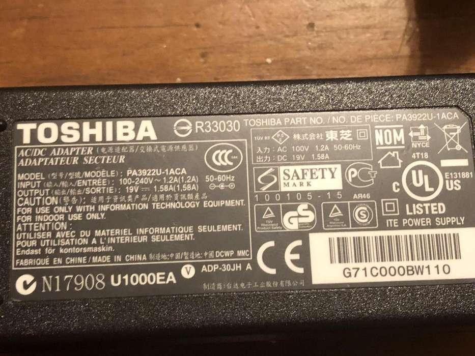 Cargador Toshiba Mini 19v 1.58a Pa3922u1aca Original