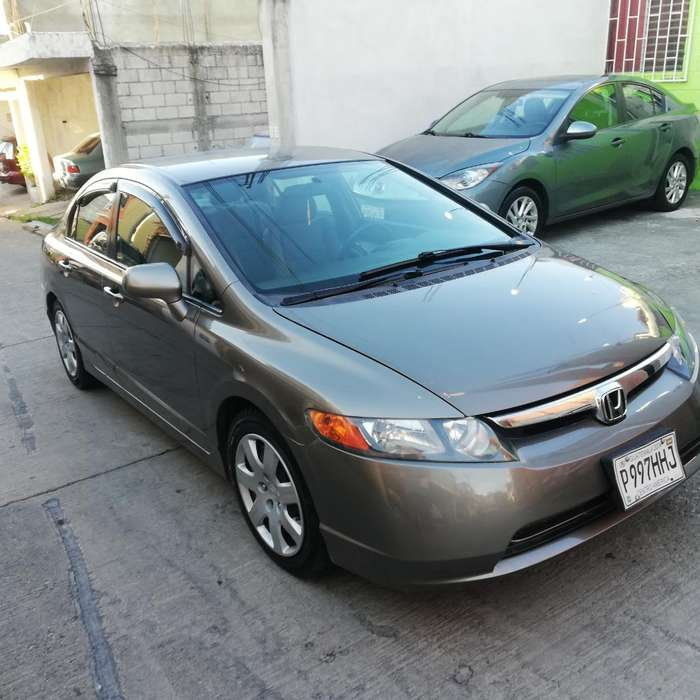 Honda Civic 2008 - 119000 km