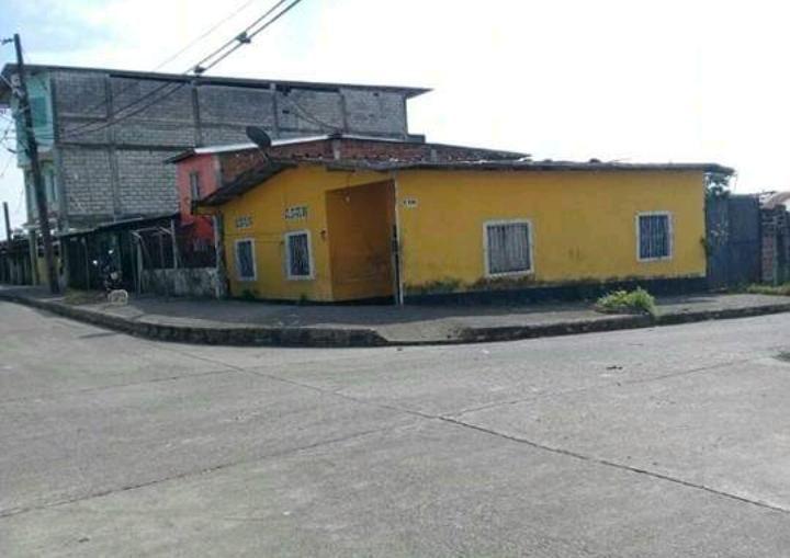Casa en venta llamar al 0992013213