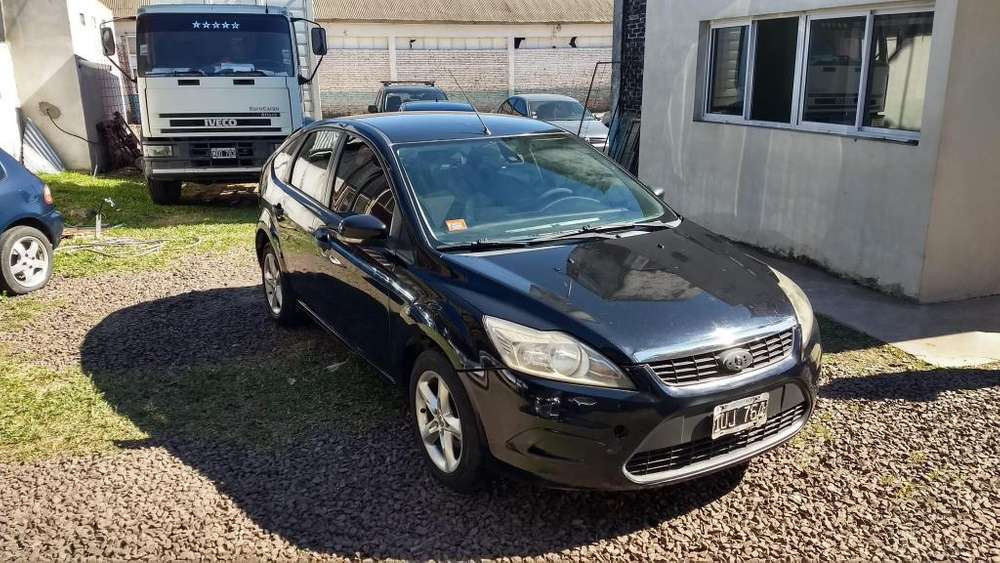 Ford Focus 2010 - 180000 km