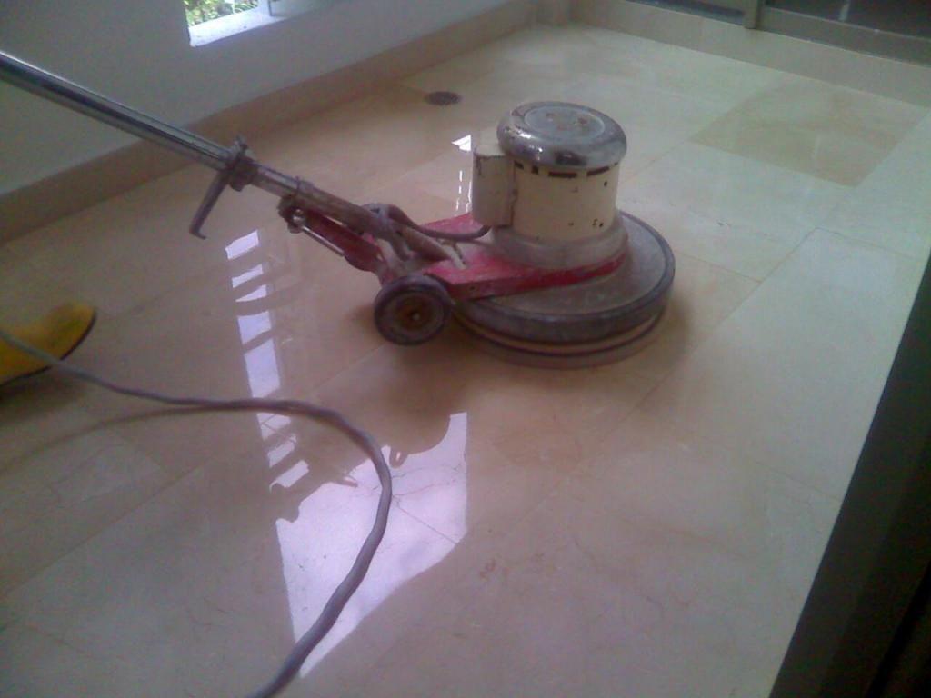 Lavado de pisos, brilladora Mix