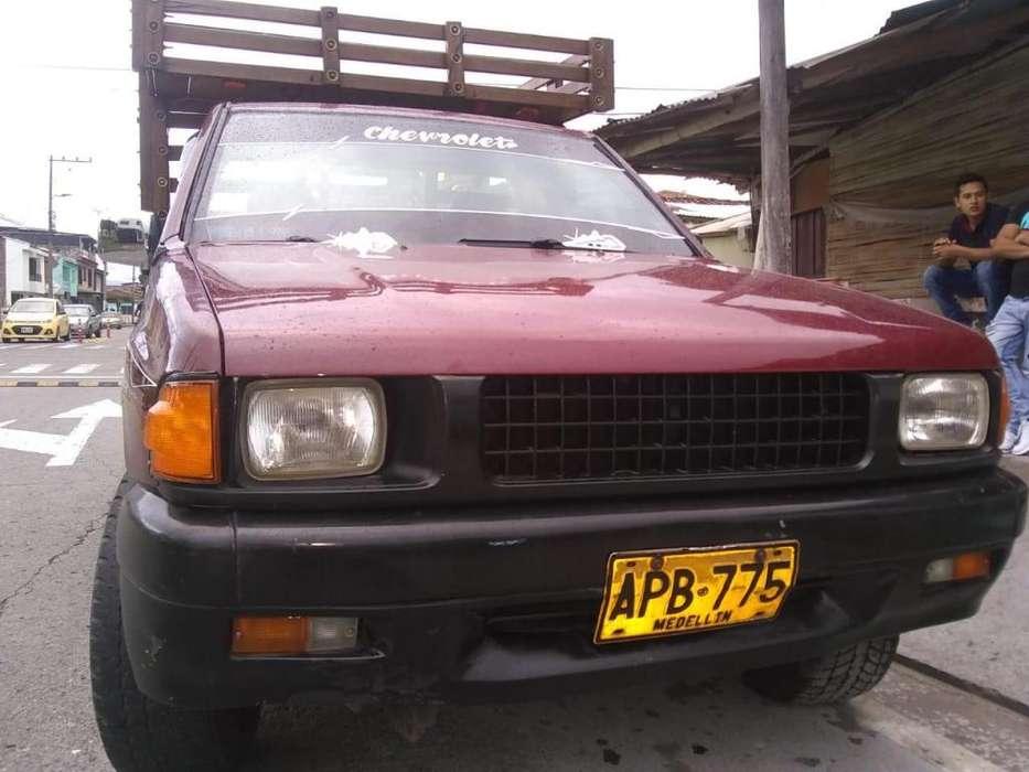 Chevrolet Luv 1984 - 25000 km