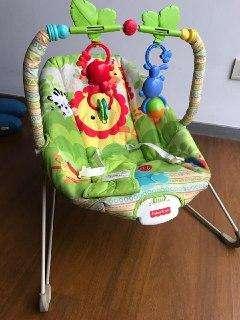Silla Bebé con Móvil Incluido Marca Fisher Price