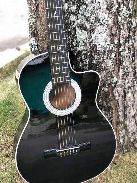 guitarras acusticas en cedro con forro -punto de fabrica