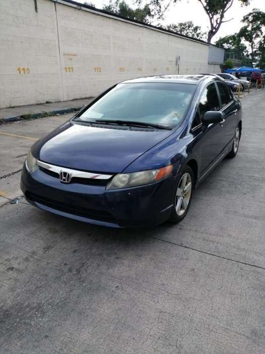Honda Civic 2006 - 1 km
