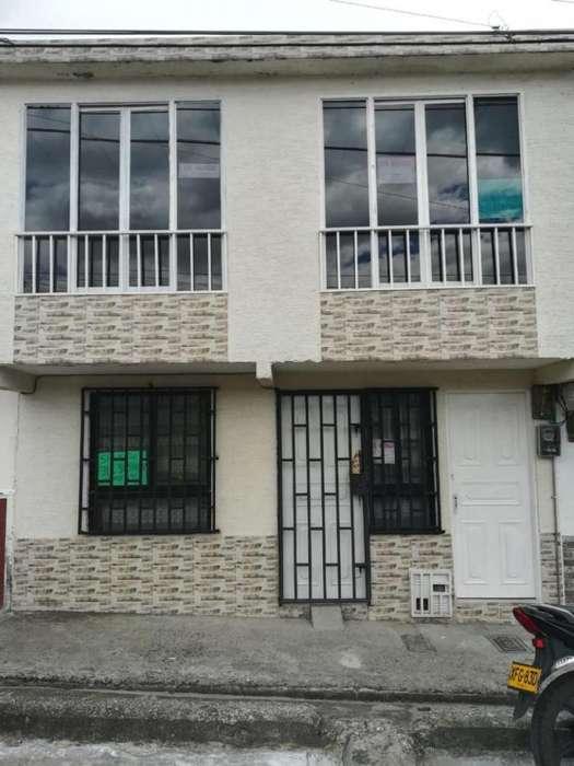 Apartamento En Arriendo En Armenia Barrio Rojas Pinilla Cod. ABBIE-406015