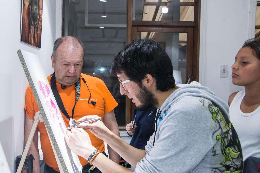 Curso de Aerografía por módulos en Fencyl Estudio de Aerografía