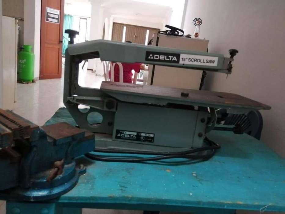 sierra caldora de banco con prensa. marca DELTA. en perfecto estado. se vende ya no se utiliza.