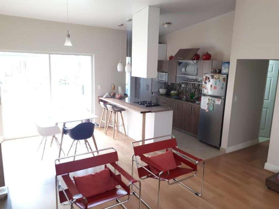 Se vende Casa en Madrid Cundinamarca. 258 mts2 . Jhonny Torres. Agente Inmobiliario. Cel. 3112175503 3118147192