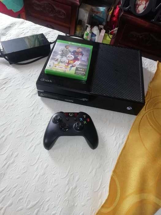 Xbox One con 8 Juegos Como Nuevo