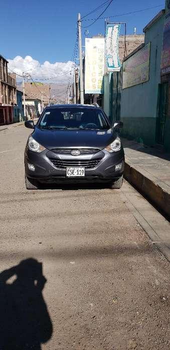 Hyundai Tucson 2012 - 87000 km