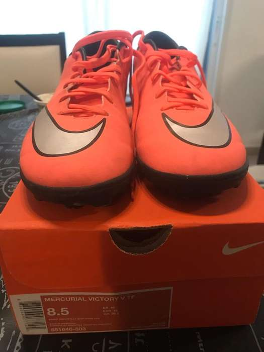 Botines Nike, Como Nuevos!!