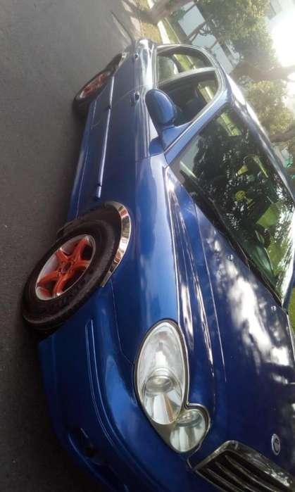 Hyundai Sonata 2002 - 200000 km