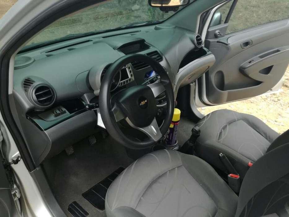 Chevrolet Spark GT 2014 - 80000 km