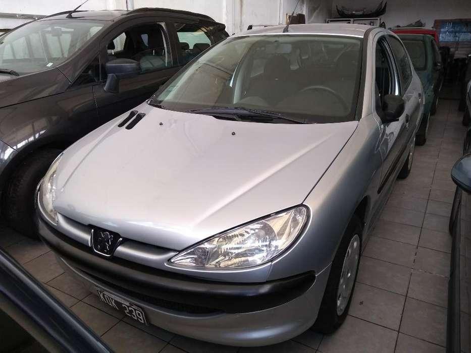 Peugeot 206 2011 - 64000 km