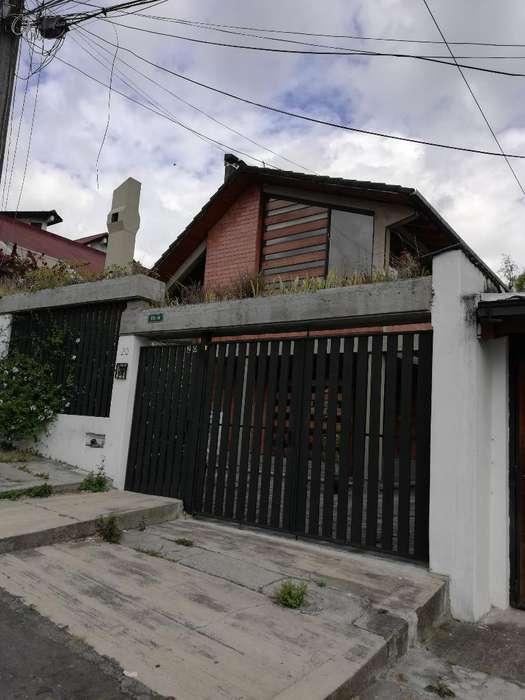 Arriendo O Vendo Casa en El Batan Alto.