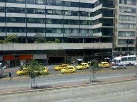 SE VENDE <strong>oficina</strong> UBICADA EN PISO DE EDIFICIO DEL CENTRO DE BOGOTÁ V113
