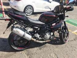 Vendo Moto Hyosung Gt 650N