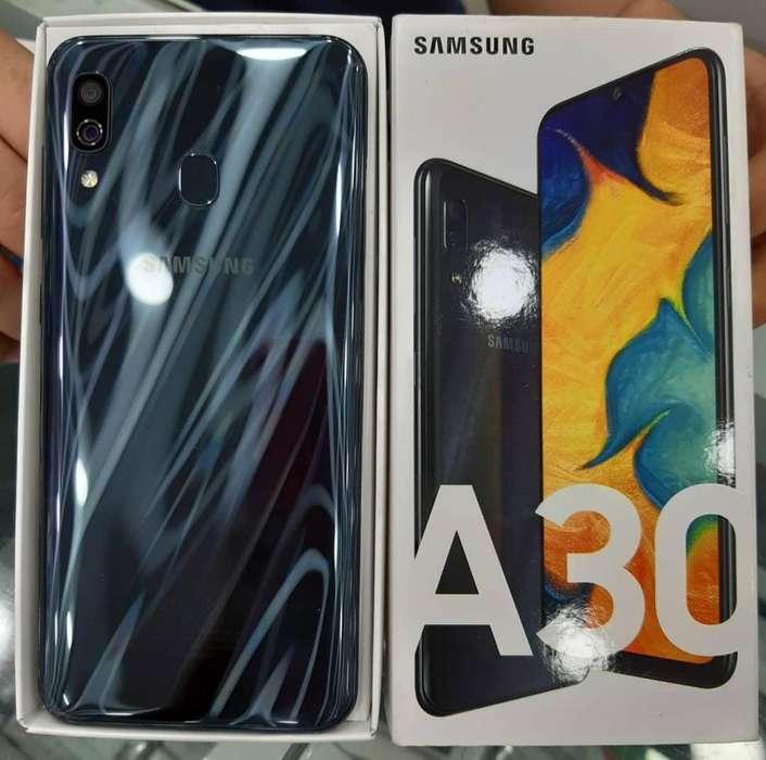 Celular Libre Samsung A30 6.4'' 64gb / Vidrio 11d