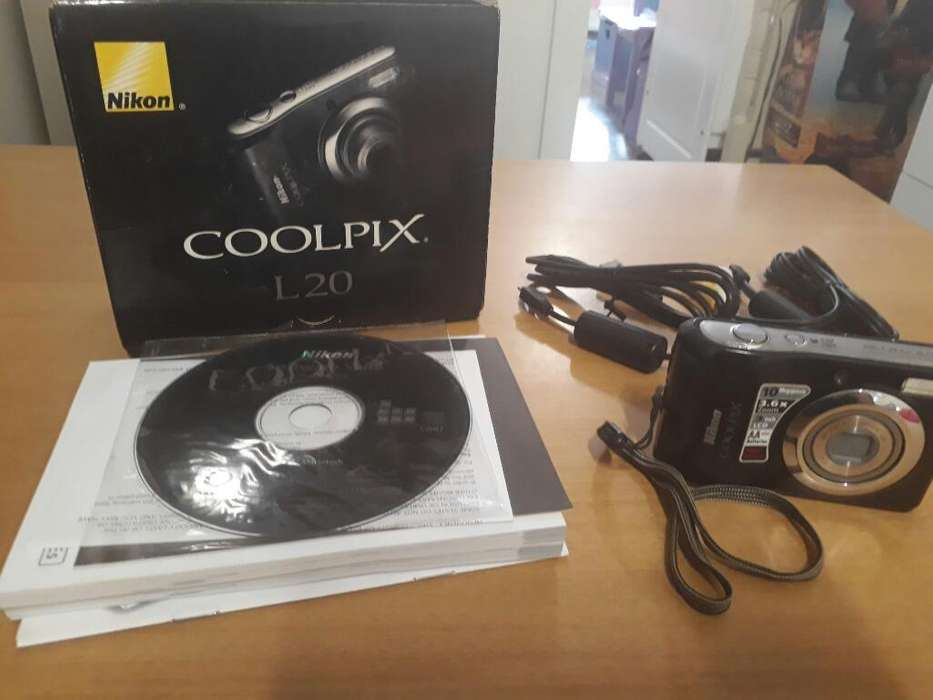 Camara Digital Nikon L20