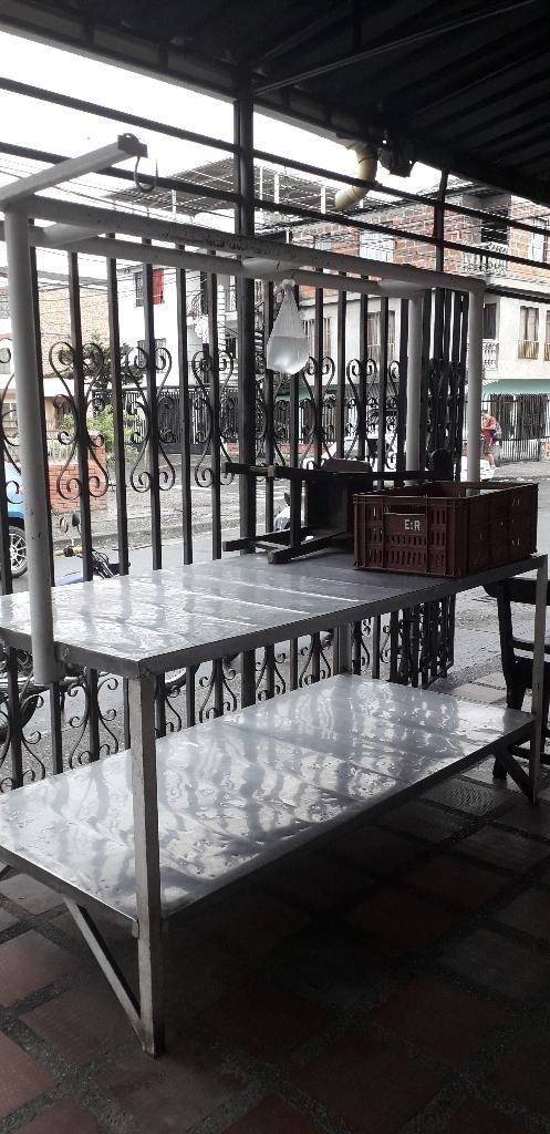 Mesa para Carniceria Y Canastillas