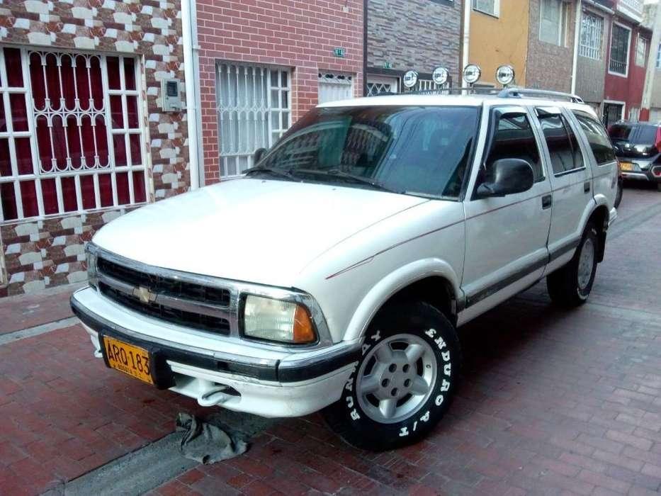 Chevrolet Blazer 1997 - 200 km