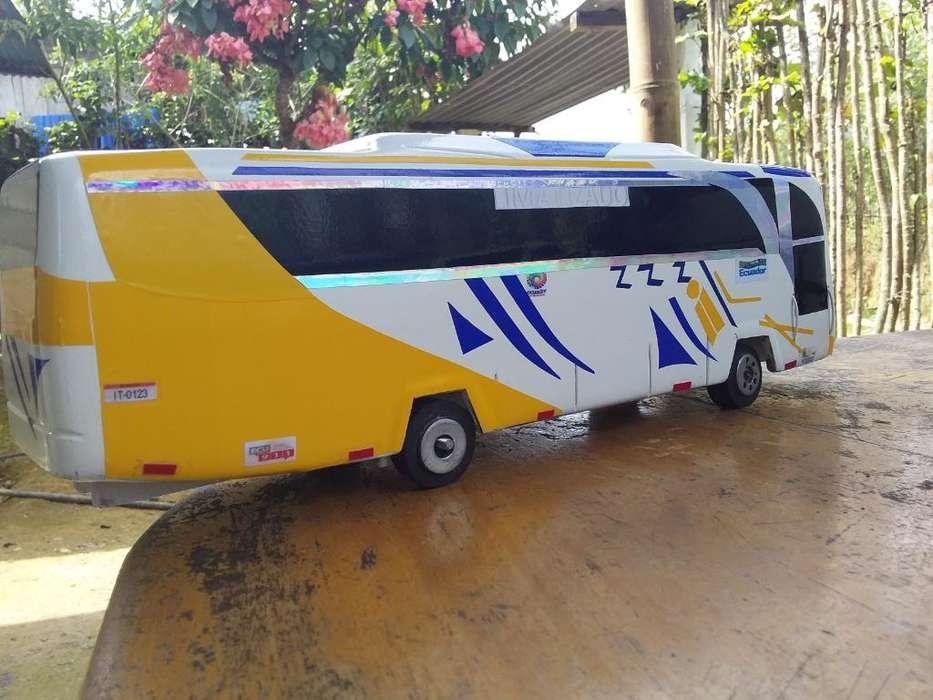 Se Vende Bus de Adorno