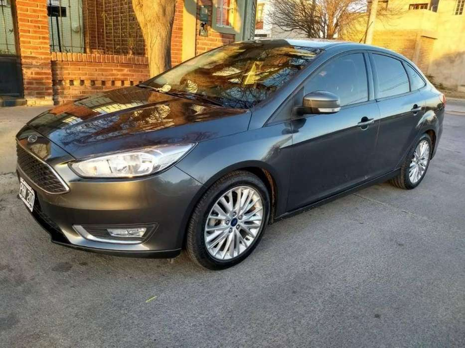 <strong>ford</strong> Focus 2015 - 54000 km