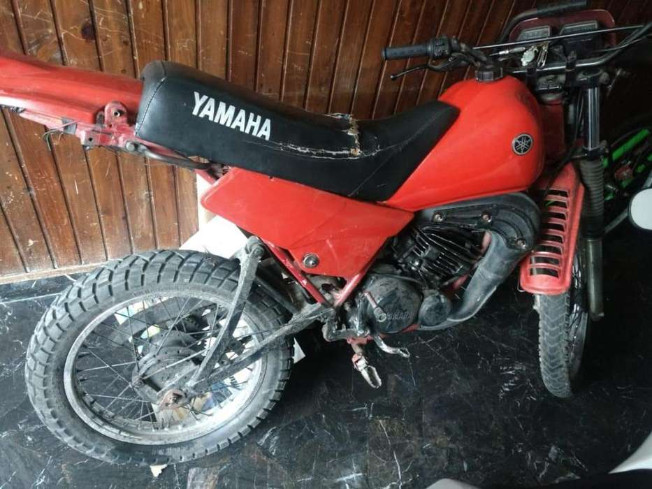 VENDO DT 125. NEGOCIABLE