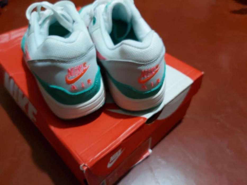 Zapatillas Nike Jouride Run Y Air Max 90