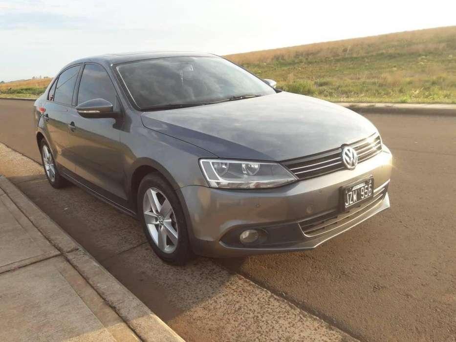 Volkswagen Vento 2011 - 90000 km