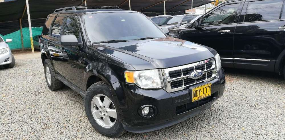 Ford Escape 2010 - 152752 km
