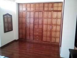 Casa en Tenjo  esquinera  excelente sector(Negociable)