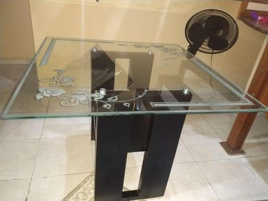 Mesas de vidrio para comedor: Muebles en venta en Colombia ...