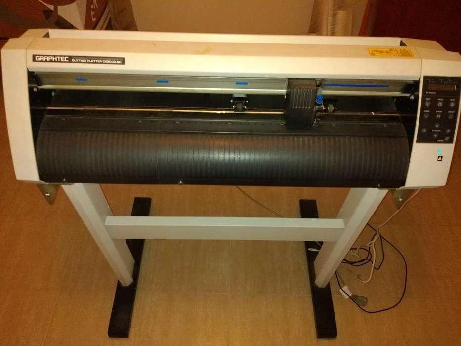 Maquina de Plotter Ce5000-60