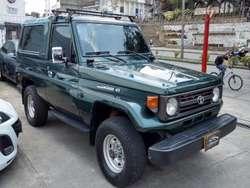 Toyota Land Cruiser 1996 Blindaje 3